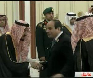 الملك سلمان يستقبل السيسي في قصر الصفا بمكة لحضور القمة الإسلامية (فيديو)