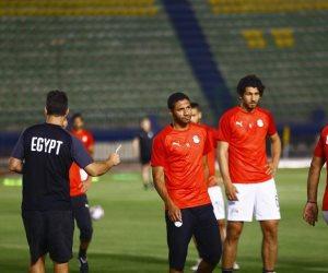 وصول منتخب مصر ملعب الكلية الحربية لخوض المران الرئيسي لافتتاح الكان