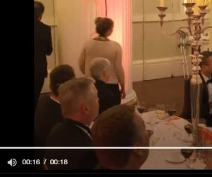فضيحة الوزير البريطاني والناشطة.. ماذا حدث في حفل «مانشن هاوس»؟ (فيديو)