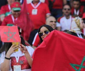 جميلات أنرن مدرجات مصر.. مشجعات المغرب يؤازرن منتخبهن القومي من «السلام» (صور)