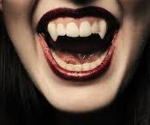 لعنة مصاص الدماء تطارد فتاة في قبرها