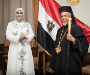«الهلال والصليب».. واعظة وراهبة تبحثان عن الإنسانية في الإسلام والمسيحية