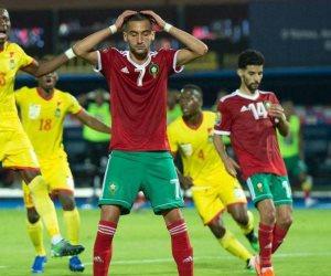 23 مكالمة وتدوينتان.. أزمة اعتزال نجم المغرب تشتعل بعد الخروج المخيب للآمال