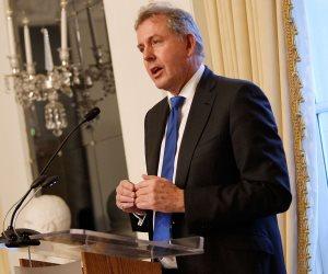 """""""شتائم"""" ترامب وراء استقالة السفير البريطاني في واشنطن"""
