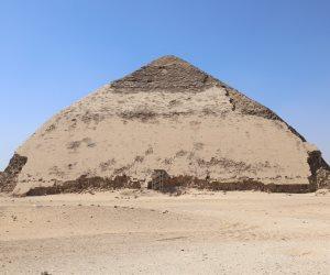 8 معلومات عن هرم سنفرو المائل الذي رممته وزارة الآثار