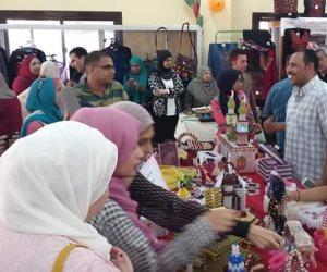 """تراث سيناء """"مشغولات يدوية وأطعمة"""" في معرض الأسر المنتجة بالعريش (صور)"""