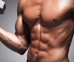 بعيدا عن المنشطات.. خطوات سهلة لبناء عضلات جسد صحية