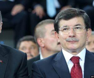 تعيس وحزبه منحرف.. ماذا قال داود أوغلو عن الفاشل أردوغان؟