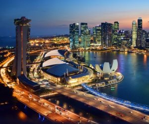 من مستنقع للبعوض إلى مركز مالي عالمي.. سنغافورة تحتفل بيومها الوطني
