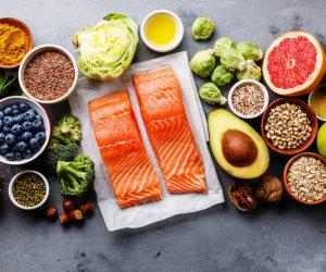 4 عادلت صحية اتبعها.. تناول المأكولات البحرية وقلل السعرات الحرارية