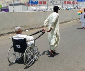 لقطات إنسانية تخطف القلوب خلال مناسك الحج بالمملكة العربية السعودية (صور)