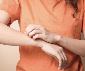 هل حقن الستيرويد التى تخفف التهاب المفاصل لها آثار جانبية؟