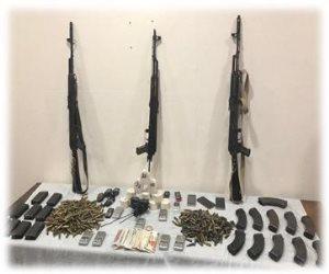 مصرع 3 عناصر إجرمية في تبادل لإطلاق النار مع قوات الأمن بـ«السحر والجمال» (صور)