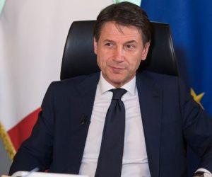 رئيس وزراء إيطاليا يعلن استقالته من منصبه