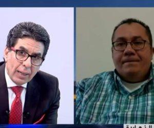 سبوبة «أكرم بقطر» مع إعلام الإخوان.. ناشط ظهرًا وطبيب مزيف على الشرق ومكملين ليلًا