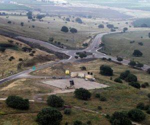 إسرائيل تغلق المجال الجوي للجولان المحتلة.. وتطورات مفاجئة على الحدود اللبنانية