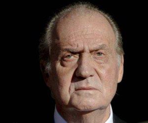 ملك الأنابيب القلبية.. العاهل الإسباني السابق يخرج معافا من جراحة بالقلب