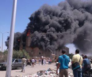 الإطفاء تحاول السيطرة على حريق داخل مصنع ورق في 6 أكتوبر