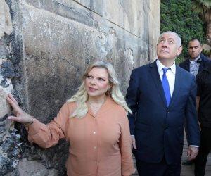 نتانياهو وريفلين يزوران الحرم الإبراهيمي.. وموجة غضب فلسطينية واسعة