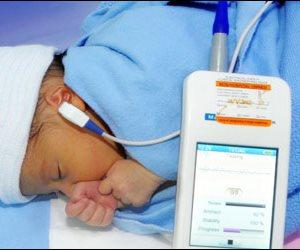 ماذا قالت «الصحة» عن بدء إدراج مقياس السمع للمواليد الجدد بشهادات الميلاد؟