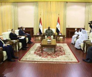رئيس المجلس السيادي السوداني يعبر عن تقديره الكبير لدور مصر الداعم للسودان