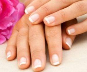 وصفات طبيعية للحفاظ على صحة الأظافر