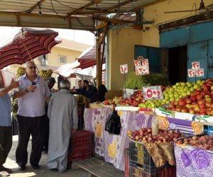 توافر كافة السلع والخضروات بأسواق شمال سيناء.. ومواصلة صرف مقررات سبتمبر (صور)