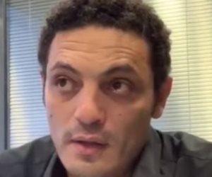 بيت المقاول «متنكس».. كيف ترك محمد علي الجماعة الإرهابية تنهش زوجته؟