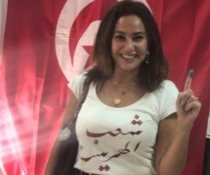 بعد مشاركتها بالتصويت في انتخابات الرئاسة.. هند صبري: تونس على طريق الديمقراطية