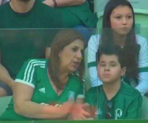 حفل The Best.. والدة الطفل البرازيلي الكفيف أفضل مشجعة لعام 2019