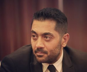 """أحمد فلوكس يكشف كواليس تصالحه مع فرد الأمن ويؤكد: إدارة الكمبوند تأكدت أن الفيديو المسرب """"مشوه"""""""