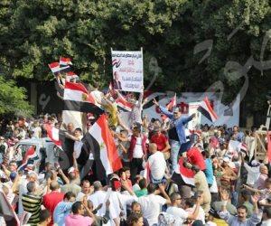 المصريون يبهرون العالم.. CNN تبرز احتشاد الآلاف في المنصة لتأييد السيسي