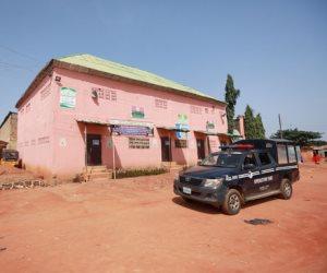 قصة تحرير 100 تلميذ من منزل الرعب في نيجيريا (فيديو وصور)