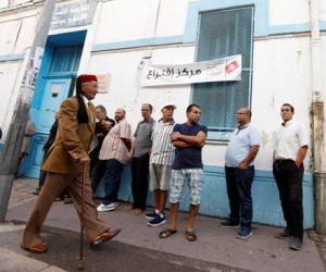 التونسيون يبدؤون التصويت فى الانتخابات التشريعية وأعينهم على المعركة الرئاسية