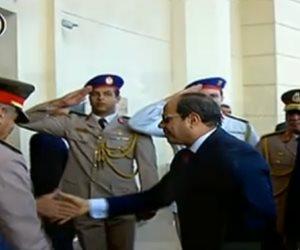 """شاهد.. الرئيس السيسى يحضر حفل تخرج الدفعة الأولى """"طب القوات المسلحة"""""""
