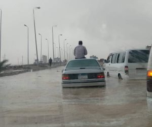 الأمطار في البداية.. وشوارع بالمحافظات غرقت.. والوجه البحري يستغيثون (صور)