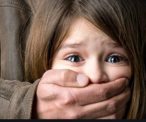 ذئاب بشرية تنهش براءة الأطفال.. قصة «خمسيني» متحرش فضحه عواء الكلاب
