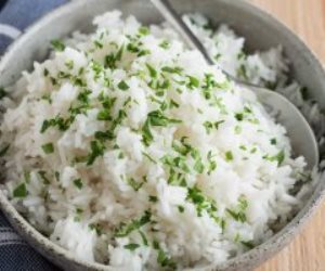 بخطوات بسيطة.. طريقة عمل الأرز التايلاندى