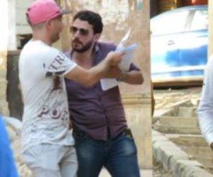 نزلنا الشارع نوزع ورق فيه ترددات قنوات الإخوان.. شوف المصريين عملوا معانا إيه (فيديو)