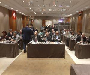 بوقفة واجتماع.. الجالية المصرية في سويسرا ترد على أكاذيب الإخوان: مصر تعيش عصرها الذهبي