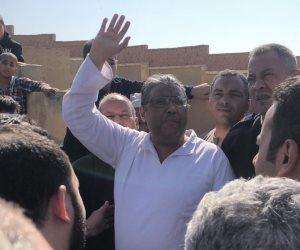 في لفتة إنسانية من «الداخلية».. خروج مراسل قناة الجزيرة من محبسه لتشييع جثمان والده