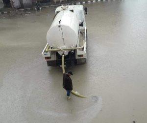 محافظة شمال سيناء تواصل سحب مياه الأمطار من شوارع العريش واستمرار رفع الطوارئ (صور)