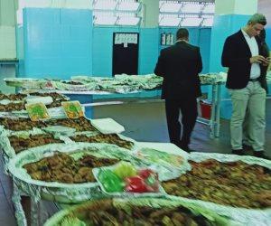 فراخ وأسماك وخضروات وفواكه.. وجبات نزلاء سجن برج العرب (صور)