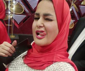 سما المصرى كل حاجة وعكسها.. ترتدي الحجاب على فستان «مثير» في افتتاح مهرجان القاهرة السينمائي