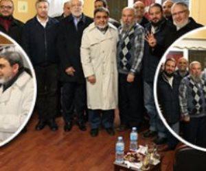كواليس الاجتماعات السرية للإخوان باسطنبول.. خناقة بين القيادات والشباب على الجنسية التركية