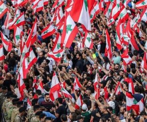 في لبنان.. نقص الدولار يتسبب في أزمة كبيرة بتذاكر الطيران