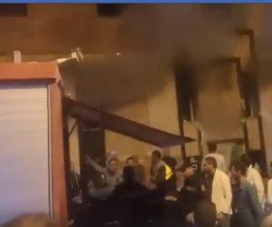 إصابة 5 أشخاص داخل حريق بصالة «جولدز جيم» بالمهندسين.. والحماية المدنية تواصل إخماده