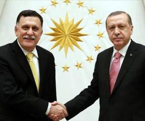 السراج الخائن.. ما وراء اتفاقية «شرعنة الإرهاب» بين تركيا وحكومة الوفاق الليبية؟