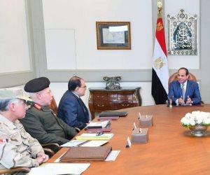 الرئيس السيسي يجتمع مع رئيس الهيئة الهندسية للقوات المسلحة (فيديو)
