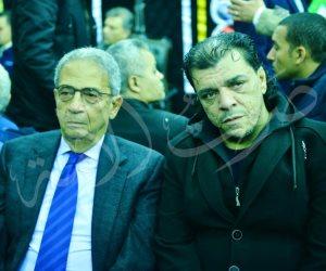 عمرو موسى يقدم العزاء لـ أسرة شعبان عبد الرحيم فى فيصل (صور)